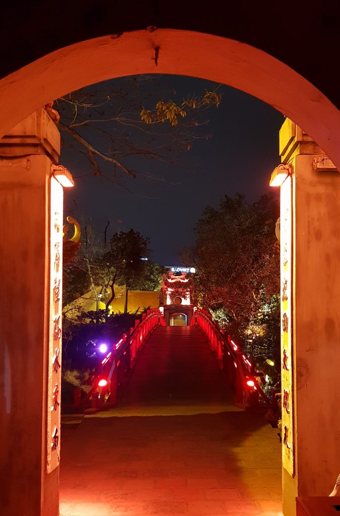 Hanoi Rote Brücke